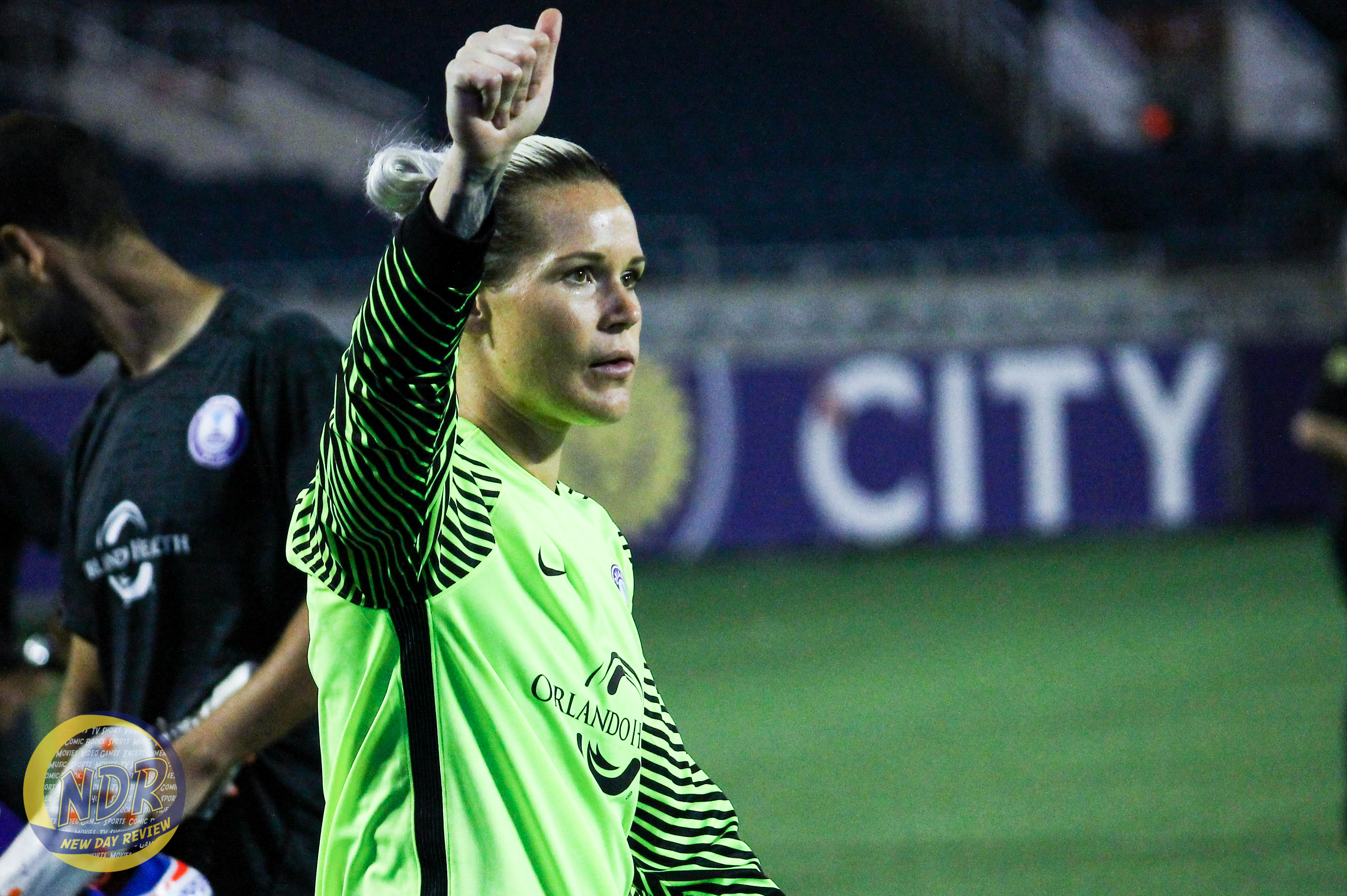ashlyn-harris-4